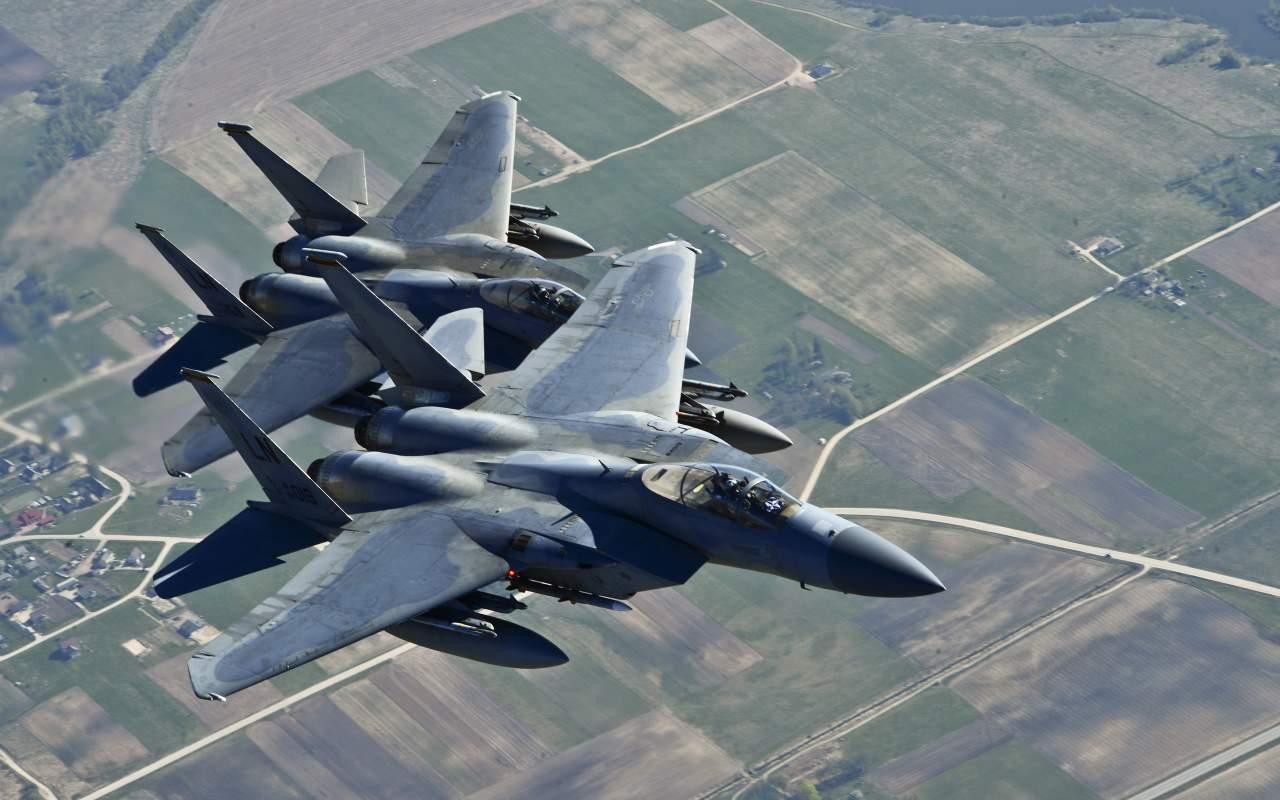 ВВС НАТО начали патрулировать воздушное пространство в Черногории
