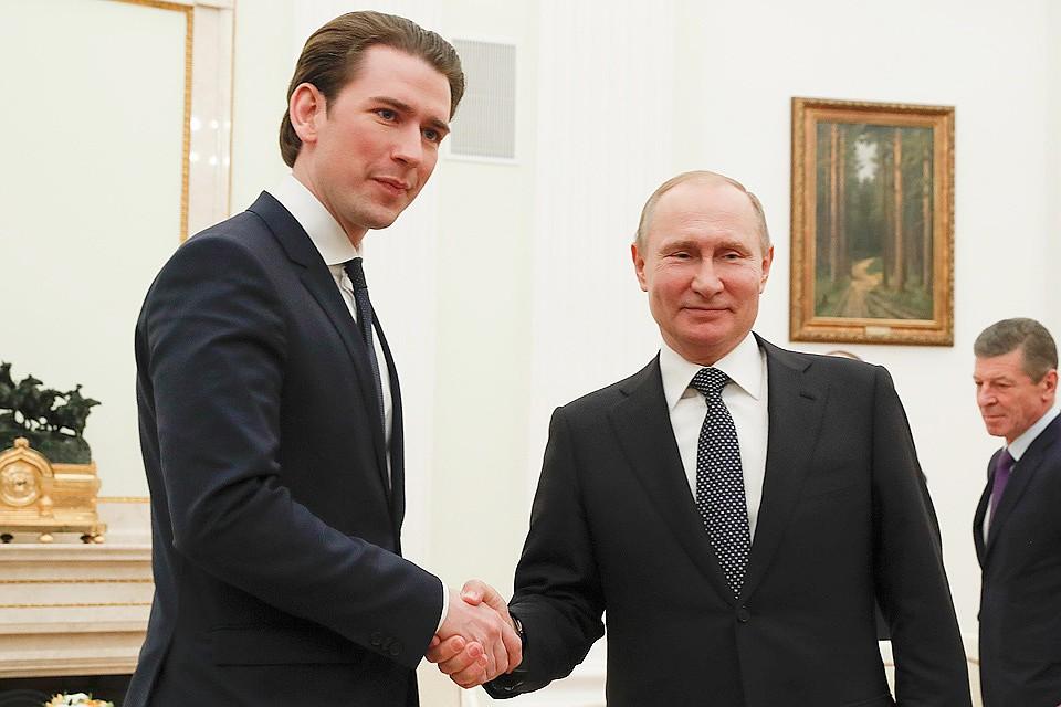 Австрийский канцлер надеется на постепенную отмену санкции Евросоюза с РФ