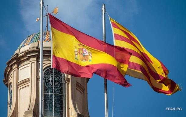 Премьер-министр Испании готов встретиться с главой каталонского женералитета Кимом Торрой