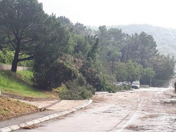 В Черногории ураган повредил около 50 домов