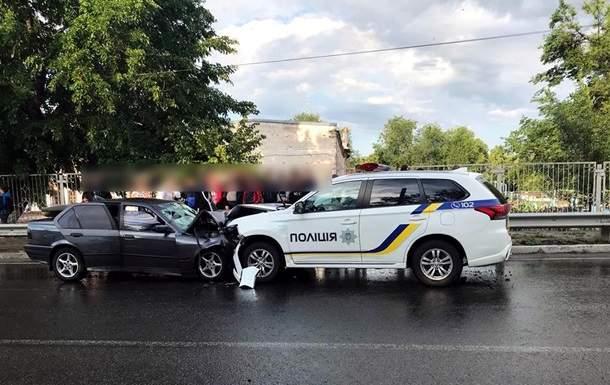 На Харьковщине произошло ДТП с участием полиции, один человек погиб, двое пострадали (фото)