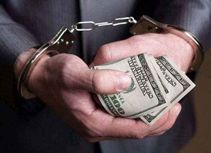 Правоохранитли разоблачили на взятке черкасского прокурора