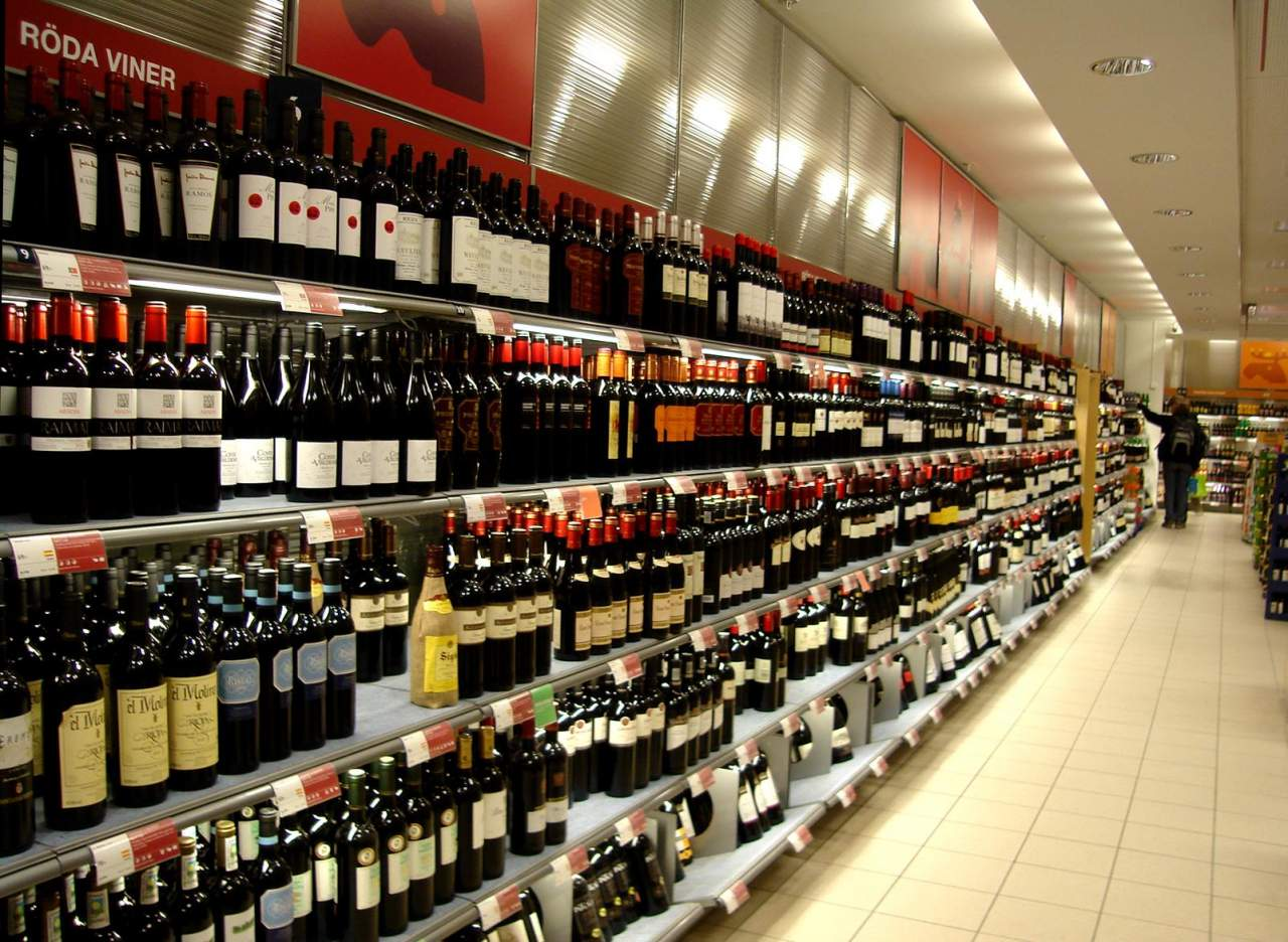 Эксперт: На протяжении 8 лет в Украине будет дорожать алкоголь по требованию Евросоюза