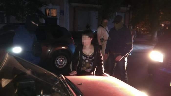 СБУ задержала в Харькове женщину, которая пыталась взорвать памятник УПА (фото)