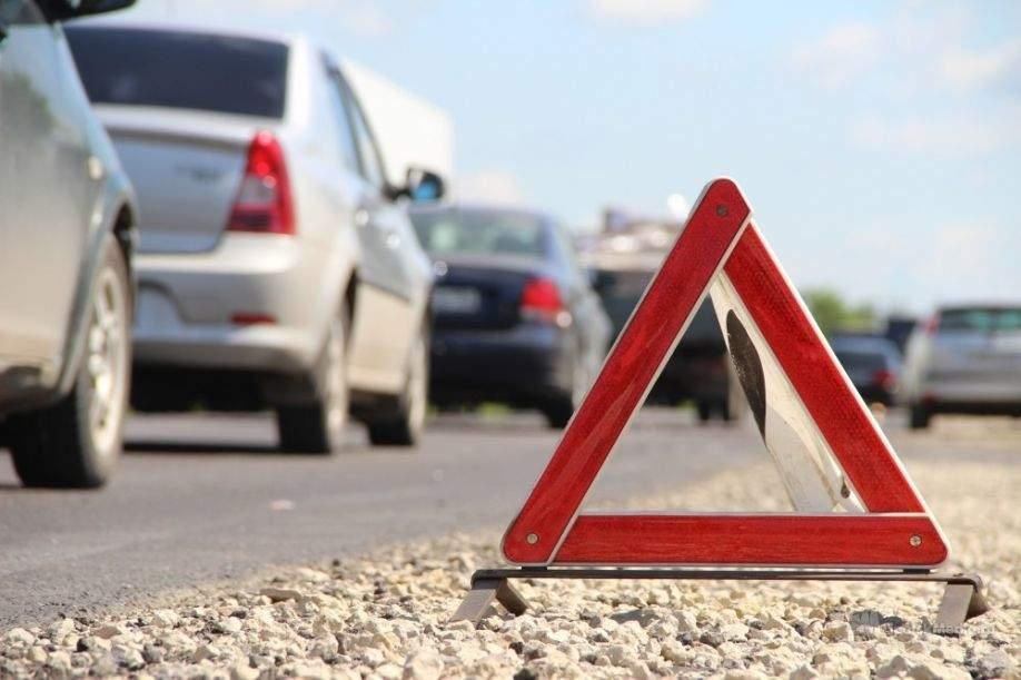 Масштабное ДТП из нескольких автомобилей произошло в Киеве (видео)