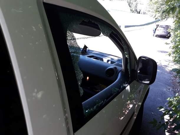 В Киеве неизвестные ограбили ветерана АТО (фото)