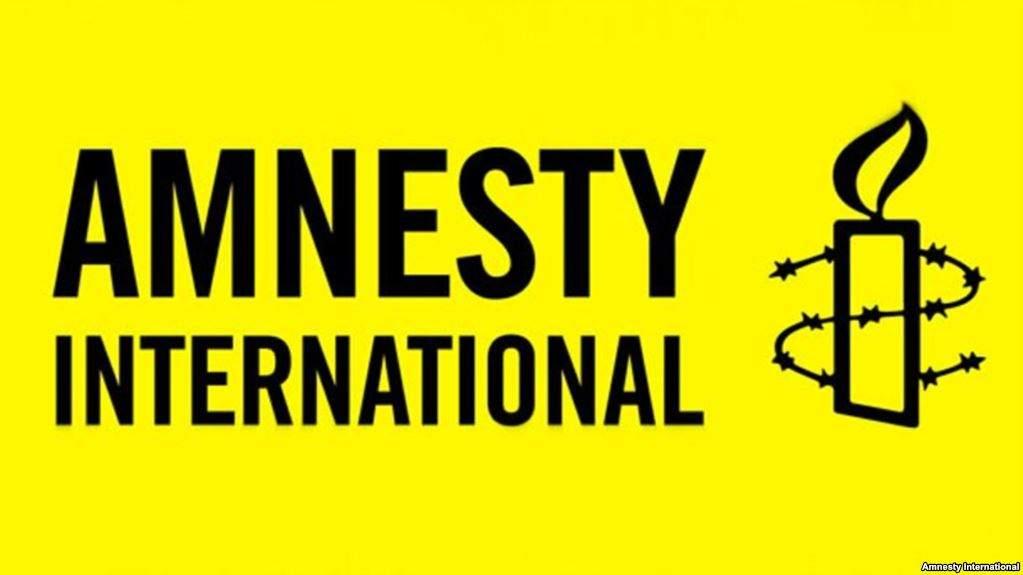 Amnesty International призывает правоохранителей расследовать нападение на лагерь ромом во Львове