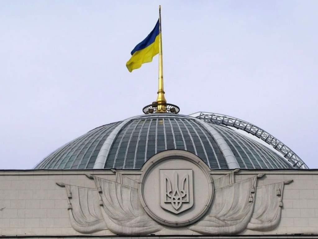 Бортник заявил, что Украину ожидает цикл тяжелейших политических противостояний