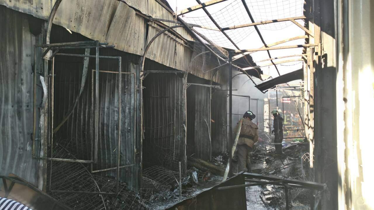 В Славянске сгорел Центральный рынок (фото)
