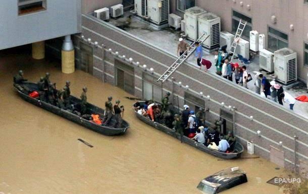 В Японии количество жертв от проливных дождей  возросло до 70 человек