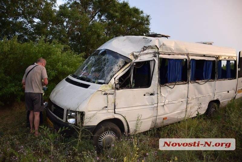 В Одесской области микроавтобус