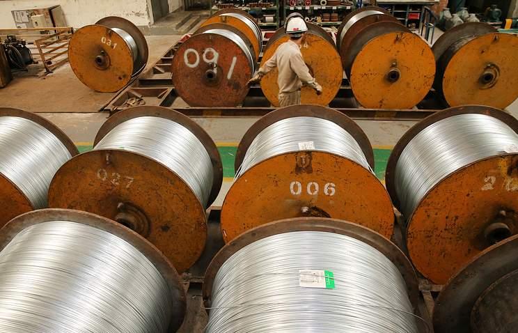 Швейцария обратилась к ВТО из-за введенными США пошлинами на сталь и алюминий
