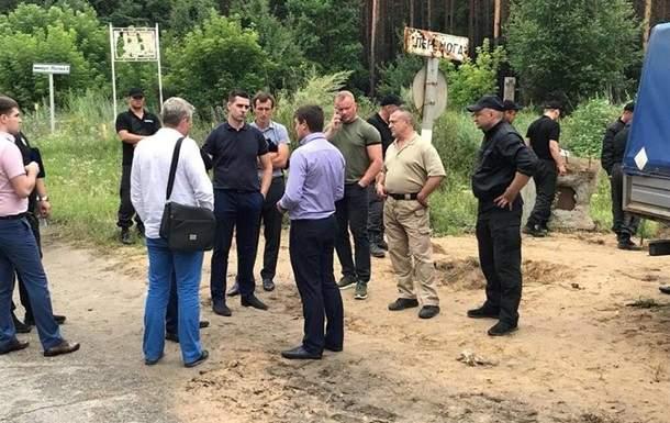 Под Киевом неизвестные напали на сотрудников Киевоблгаз, полицейские не предприняли ни каких действий
