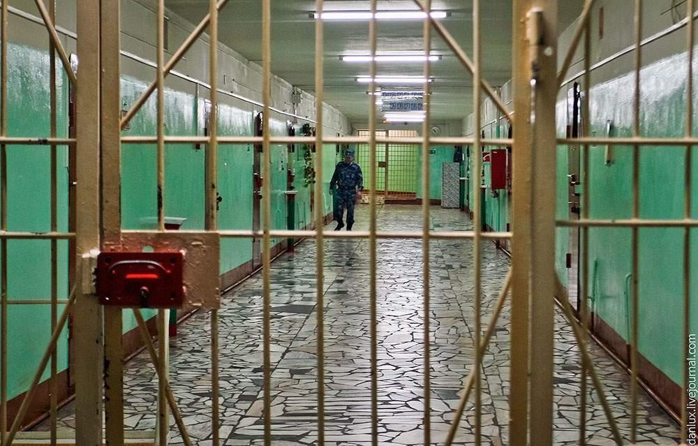 В Черниговском СИЗО заключенный покончил с собой, узнав, что жена подала на развод
