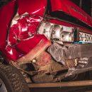 В Киеве пьяная компания на автомобиле устроила ДТП и напала на полицейских (видео)