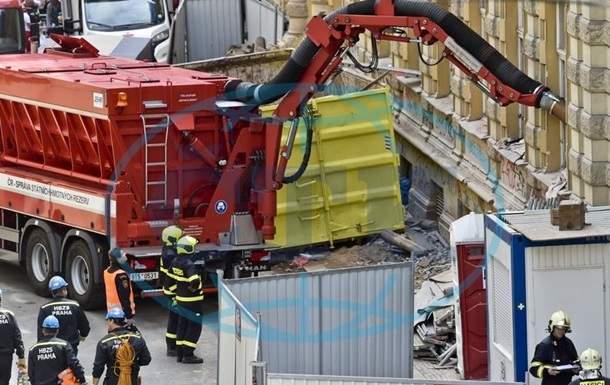 В Чехии при обрушении дома пострадали три украинских строителя, один из них в коме