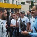 В Киеве радикал от