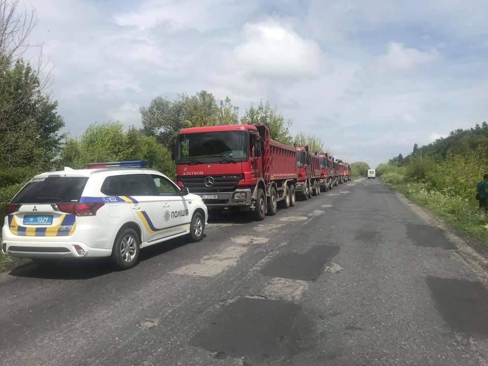 В Полтавской области зафиксировали незаконную добычу кварцевого песка (фото)