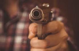 В Херсонской области на популярном курорте пьяный отдыхающий устроил стрельбу