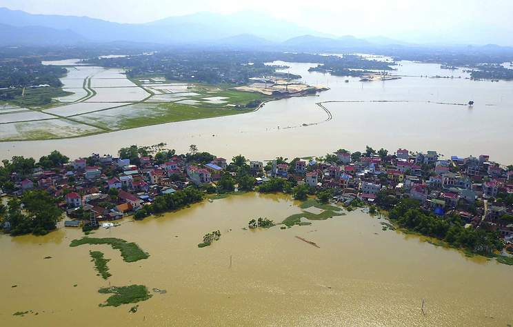 Во Вьетнаме в результате наводнений погибло около 27 человек
