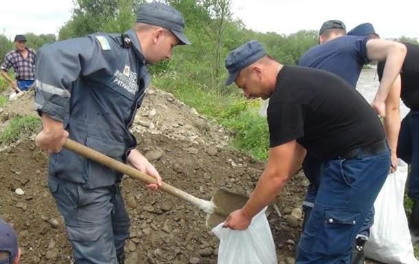 В Ивано-Франковской области в результате поднятия уровня воды подтоплены жилые дома