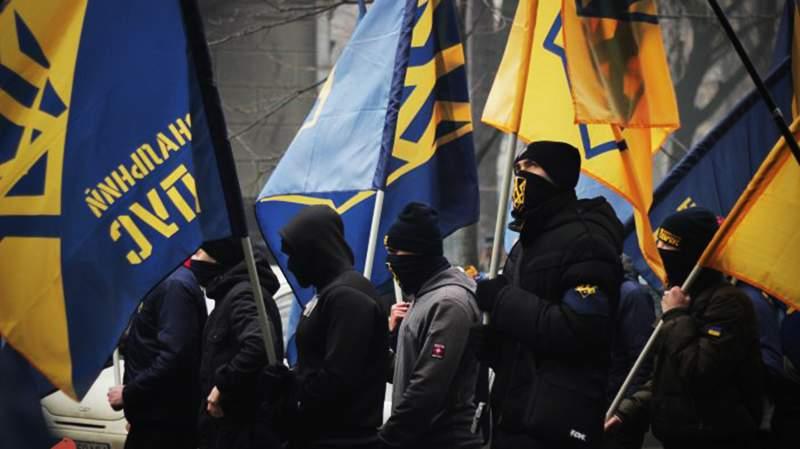 В Киеве правоохранители избили националистов и назвали их