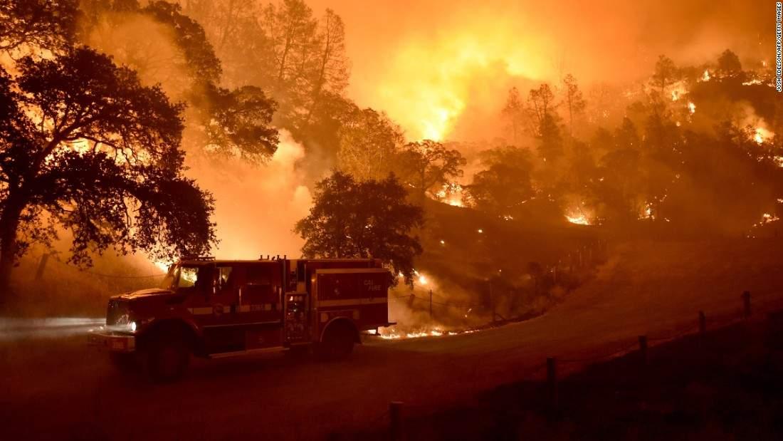 Лесные пожары в Калифорнии: число жертв достигло 6 человек