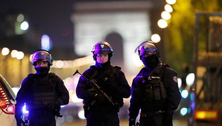 Во Франции неизвестные устроили стрельбу по группе людей: 7 человек получили тяжелые ранения