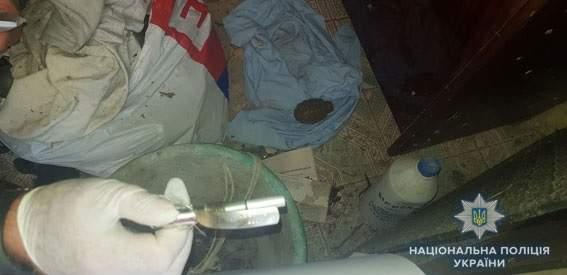 Под Сумами у пенсионера обнаружили тайник с боеприпасами, привезенными из зоны ООС (фото)