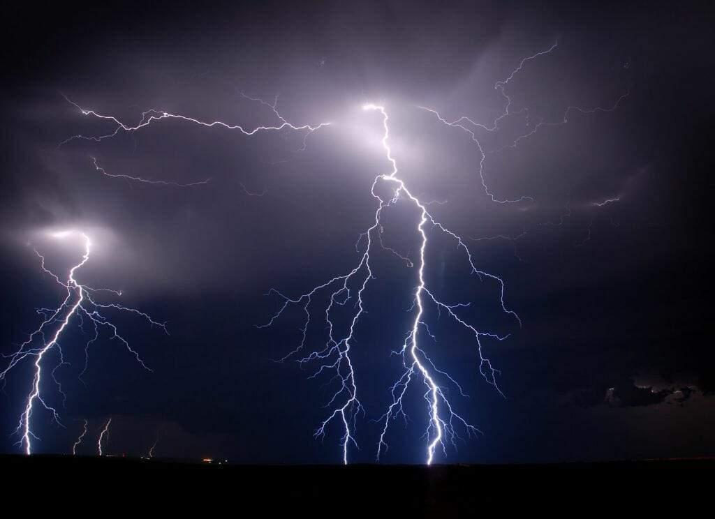 На Одесчине парень погиб от удара молнии