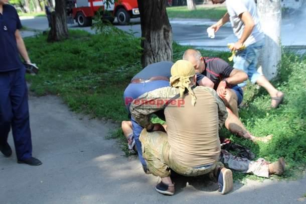 В Днепропетровской области взорвался микроавтобус батальона Днепр, пострадал депутат (фото)