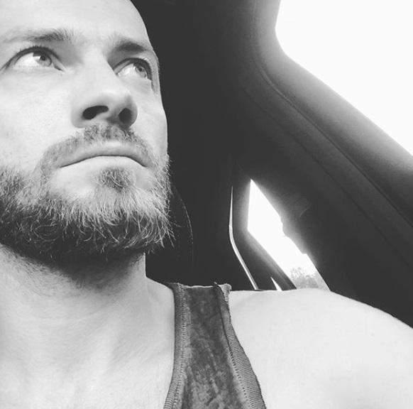 Известный украинский хореограф Яма попал в аварию
