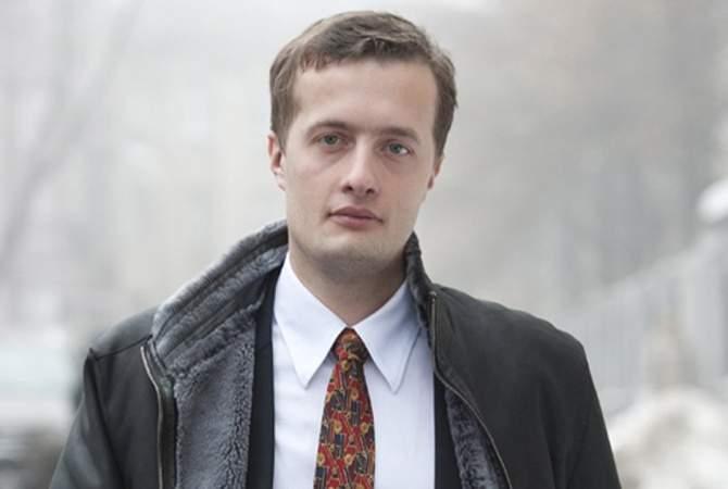 Порошенко подарил старшему сыну 1,1 млн гривен и часть дома в Козине
