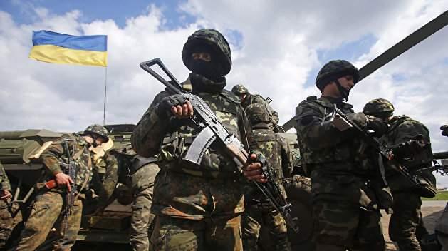 В результате боевых действий на Донбассе один украинский военный получил ранения