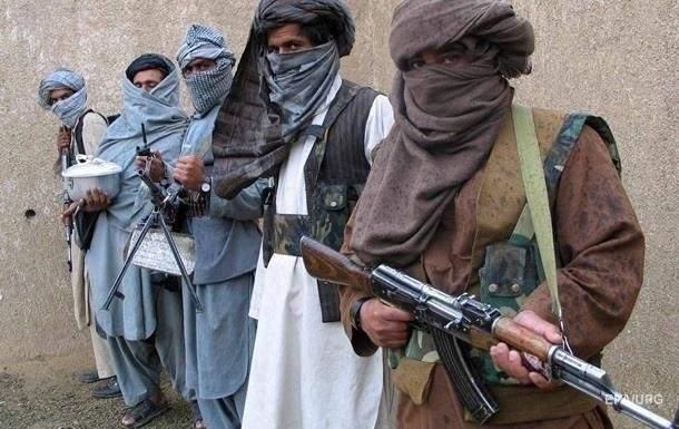 В Афганистане террористы взяли в заложники 150 человек