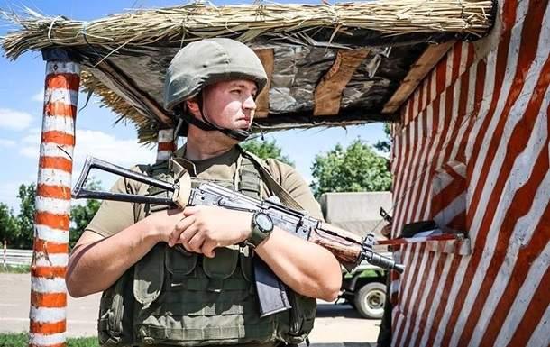 Сутки в ООС: Ранены украинские военные
