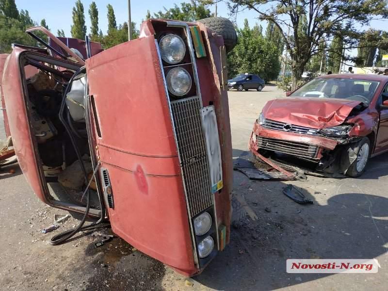 В Николаеве произошло ДТП с двумя пострадавшими