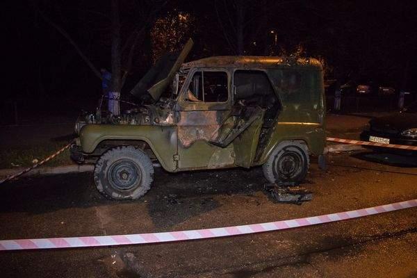 Киевлянин трагически погиб в горящем авто