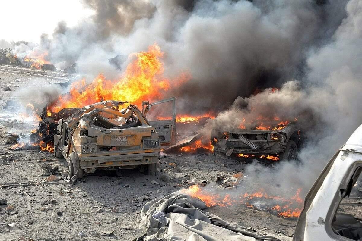 В результате мощного взрыва в Ираке погибли десятки людей