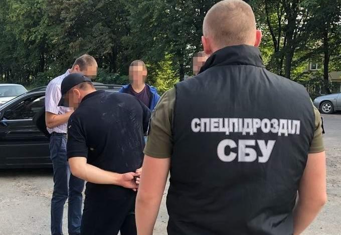 Сотрудники СБУ разоблачили чиновника ГСЧС, который занимался коррупцией