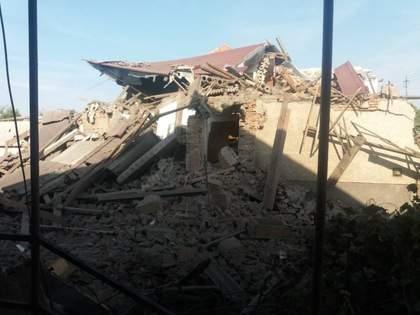 В результате мощного взрыва на Закарпатье был разрушен дом. Есть пострадавшие