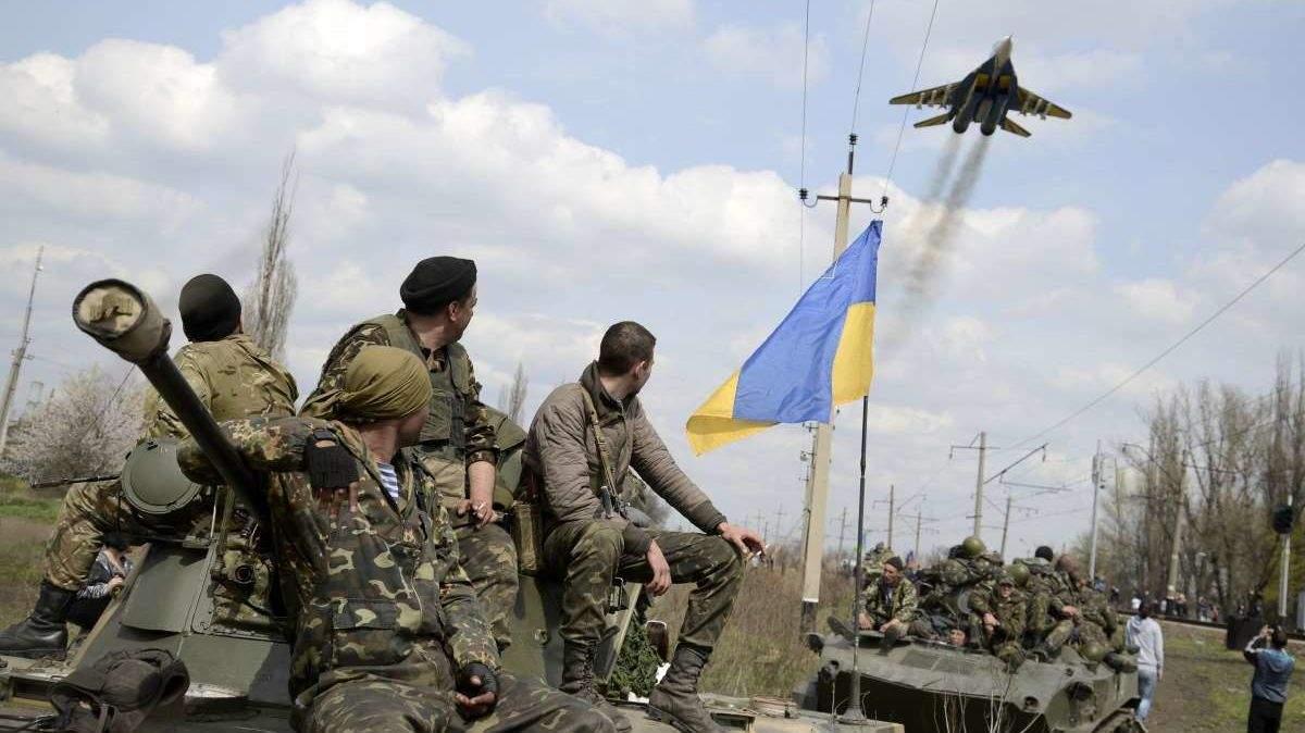 На Донбассе не прекращаются обстрелы