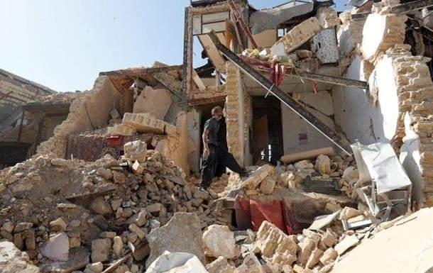 В Иране в результате мощного землетрясения пострадали люди