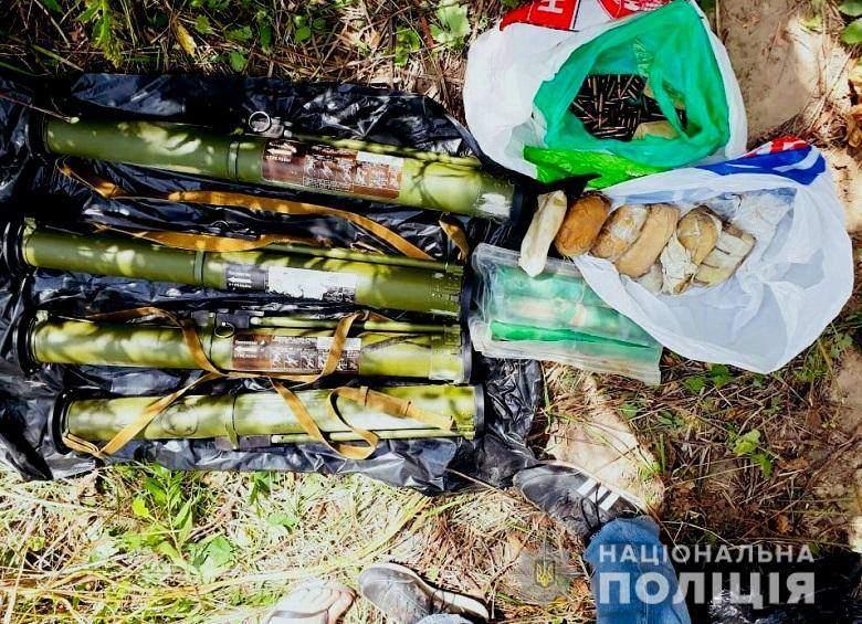 В Киеве АТОшник незаконно хранил арсенал оружия
