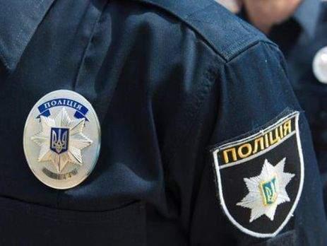 В Николаеве неизвестные обрисовали свастикой памятник пограничникам