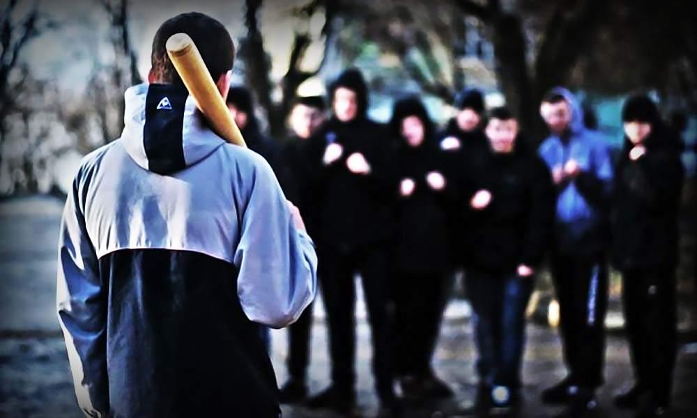 В столице банда неизвестных устроила разборки со стрельбой