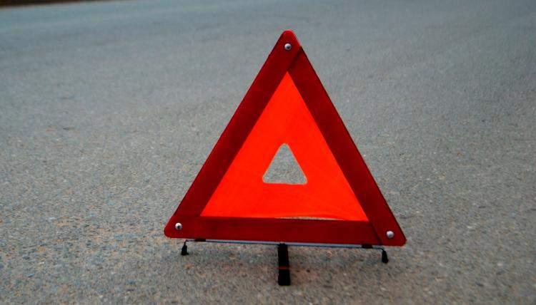 На Закарпатье водитель насмерть сбил школьницу и скрылся с места ДТП