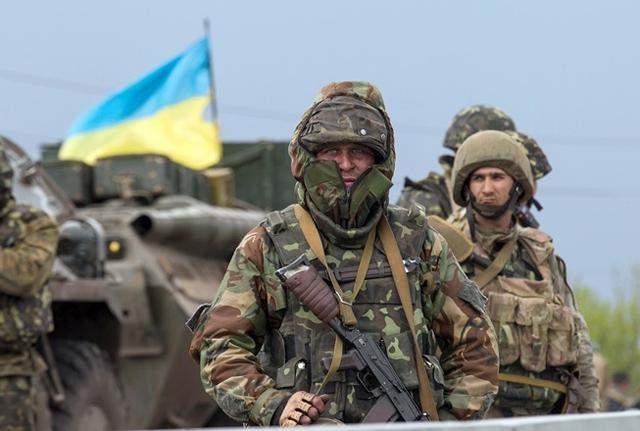 На Донбассе обстреляли позиции украинских военных