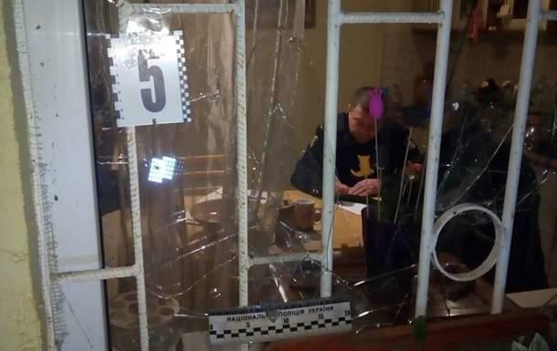 В Харькове в одном из дворов раздался мощный взрыв