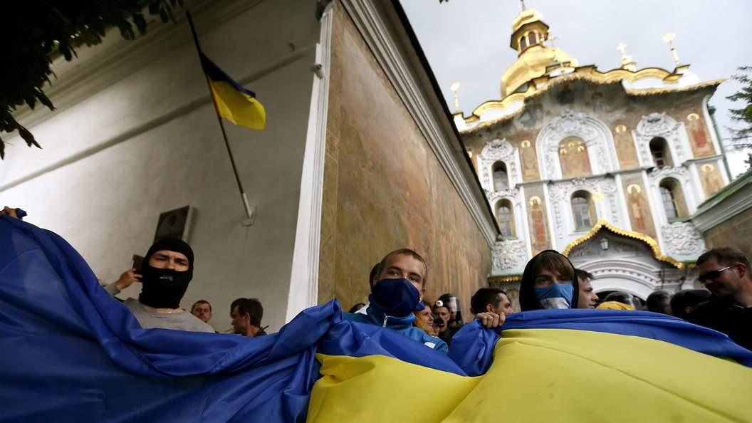 У Киево-Печерской Лавры задержали около 30 провокаторов